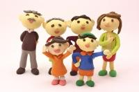 治療に協力する家族のイメージ写真