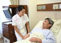 訪問介護をする看護師のイメージ写真